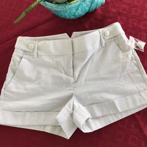 EXPRESS Cuffed Hem Short
